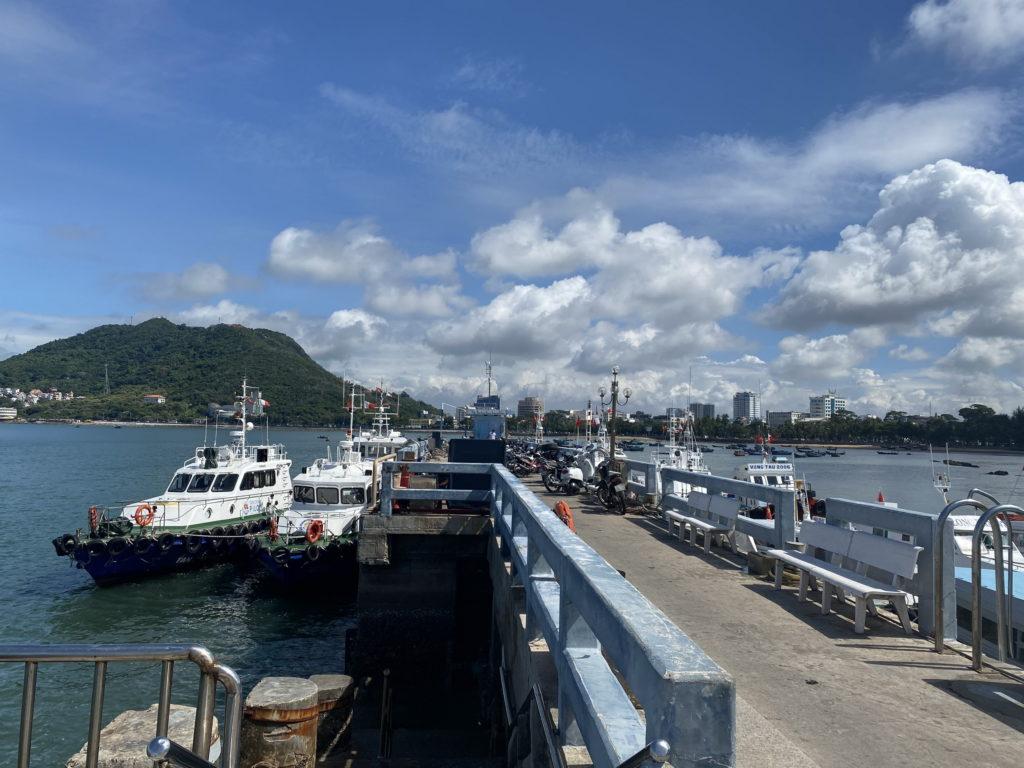 Cho thuê tàu, cano ngắm cảnh, du lịch, câu cá tại Vũng Tàu